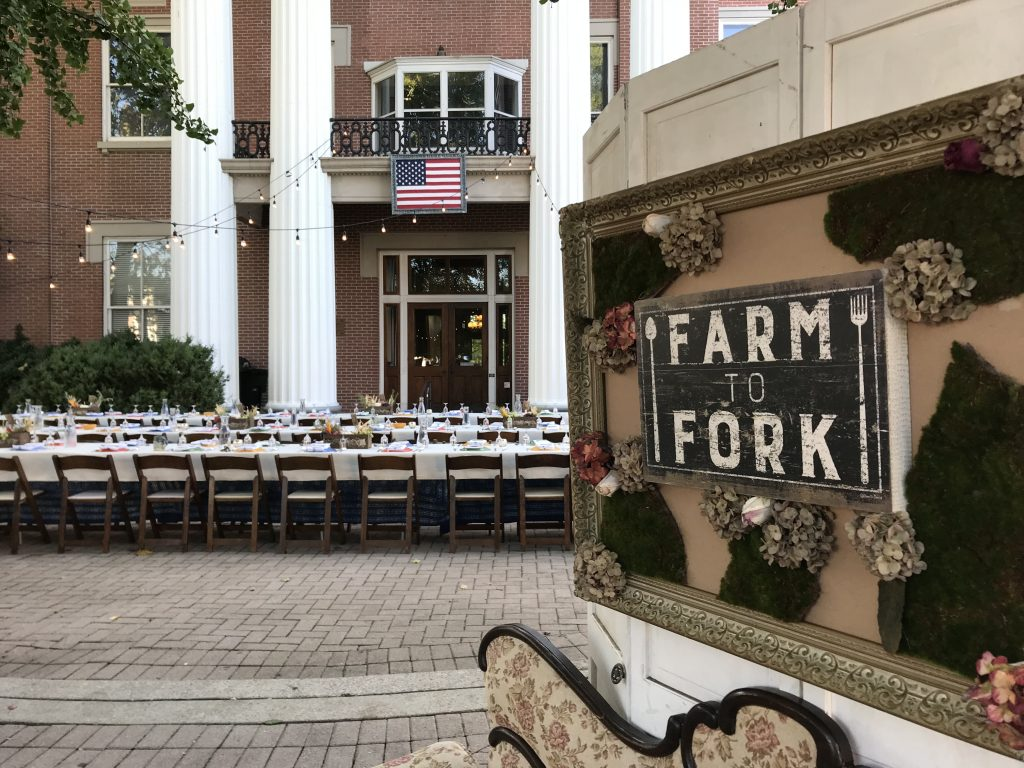 Downtown on the Farm attendees enjoyed a dinner created by five local chefs, which was served Sunday evening, Sept. 30 on the east side of the Historic Courthouse.
